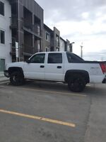 2003 Chevy Avalanche Z71 $4500 (need gone today!)