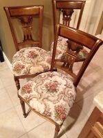 3 beautiful wood antique upholstered chairs in great condition