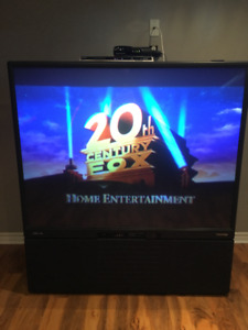 Free Huge TV Works Fine - still available!