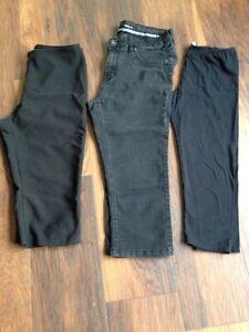 3- pairs ladies Capri. Sizes M- 10.  $.5.00 for the 3 pairs