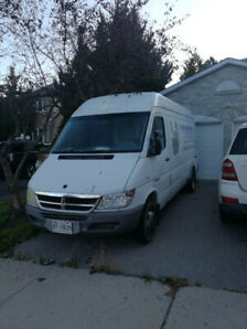 2005 Dodge Sprinter Minivan, Van