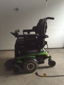 Invacare TDX powered wheel chair/scooter