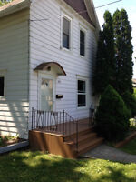 DUPLEX CLOSE TO DOWNTOWN! INVEST OR LIVE-IN!
