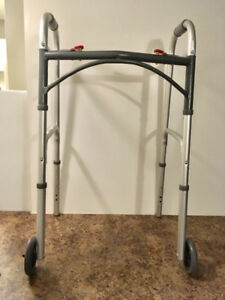 Collapsable wheeled walker in excellent condition