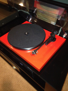 PRO-JECT DEBUT CARBON: < 10 Hrs. Usage!