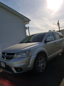 Dodge Journey 2013 w/ Keyless, R cam, Remote Starter