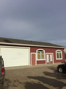 Comercial Shop with Office Space For Rent / Lease