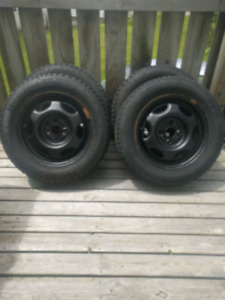 185/65/14 winters on rims (4x100 bolt pattern)
