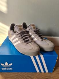 Adidas Dragon Trainers size UK 8