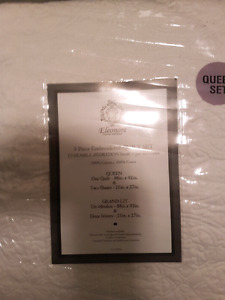 Quilted Queen size sheet set