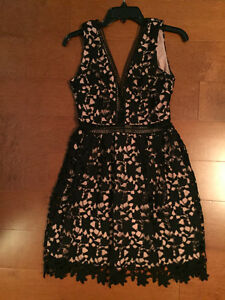Beautiful Lace Cocktail/ Party Dress Size Sm-M made in France