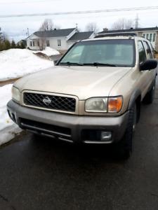 Nissan Pathfinder 2000 ou echange