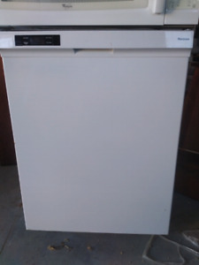 Appliances for sale. Dishwasher, microwave,  water cooler.