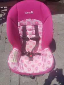 Pink Safety 1st Scenera Raspberry Car Seat