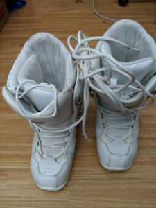 Women's Snowboard Boots - Size 7
