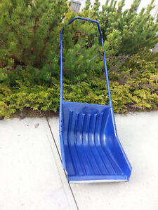used snow sleigh scoop for $15
