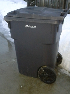 360 Litre Garbage Can w) Large Wheels and Handles(Benefits SPCA)