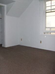 RARE VACANCY!Trent 4BD INCLUSIVE APT ONLY $464ea Avail May Peterborough Peterborough Area image 13