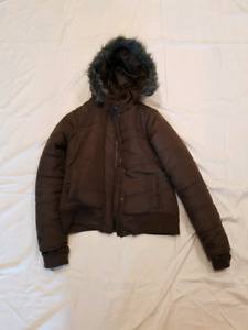 Never worn winter coat farenheit brand
