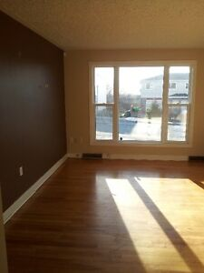 FOR RENT Feb 1 - 4br duplex Dartmouth $850