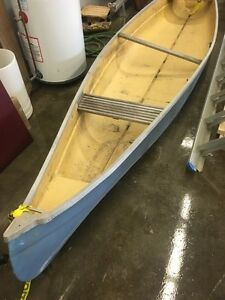 Canoe for sale. Must pickup. Best offer takes it.