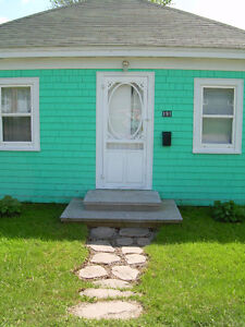 Comfy Antigonish Towne Cottage in the Highland Heart of NS