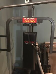 York fitness 3230 weight bench gym