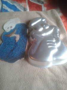 Character Cake Pans - Most Wilton