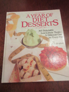 A Year of Diet Desserts: 365 Delectable Low-Calorie Treats