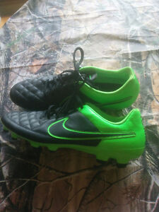 Nike Tiempo soccer cleats brand new