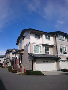 South Surrey Whiterock Townhouse For Rent