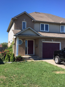 Renovated Semi Thorold Near Park, School & Private