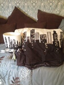 City Scape themed accessories
