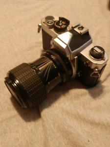 Nikon FM2 Film Camera Silver 2 lenses flash and case