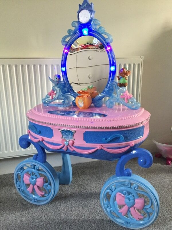 Cinderella Dressing Table And Stool With Lights And Sounds