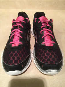 Women's Avia 5919 Running Shoes Size 10 London Ontario image 2