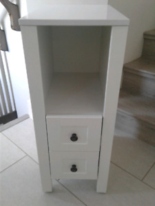 Storage shelf with 2 small drawers