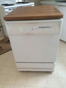 Dishwasher (portable) For Sale