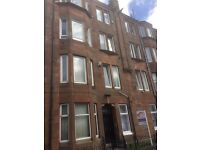 1 bedroom east end flat *** £90 per week *** Available now ***