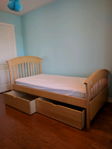 Kids Bed, Matress and Dresser Solid Wood!!