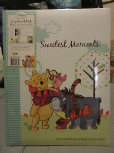 DISNEY WINNIE THE POOH BABY RECORD BOOK BRAND NEW
