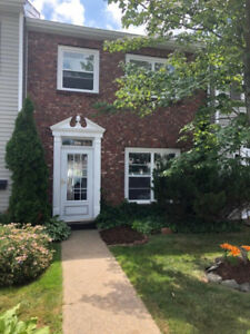 Beautiful furnished townhouse with pool!