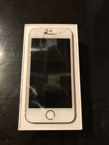 IPhone 5s 16gb Or lcd craqué