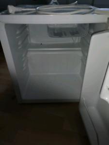 Mini réfrigérateur et Congélateur