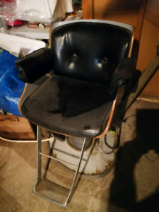 Used Salon Chair