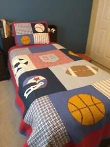boys sports ball quilt set with accessories