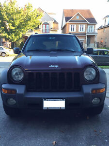 •••2004••• RED JEEP LIBERTY •••142 KM•••1 OWNER •••4x4••••••••