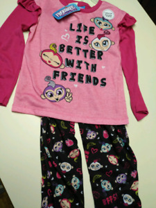 "Girls size 6.. ""Fingerlings,""pajama set..BRAND NEW WITH TAGS"