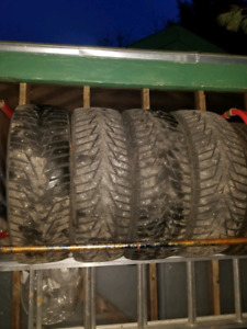 235/60/18 winter  studded tires