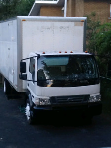 Ford LCF 2006 boite 20 pieds